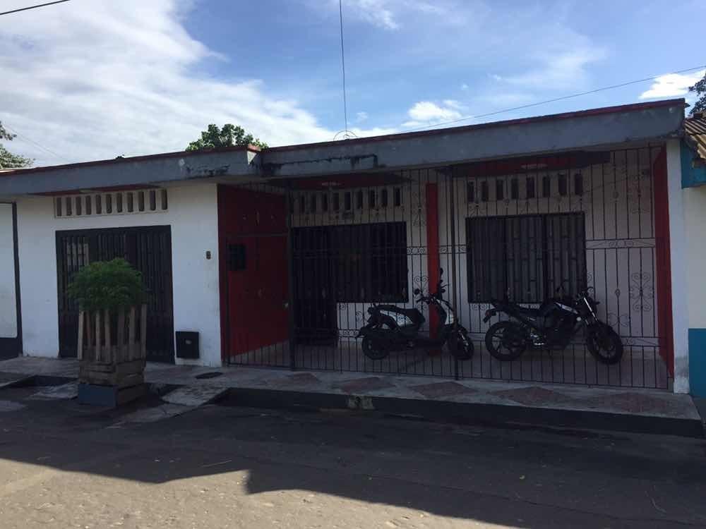 se vende o permuta casa barrio san luis carrera 18 # 3b-64