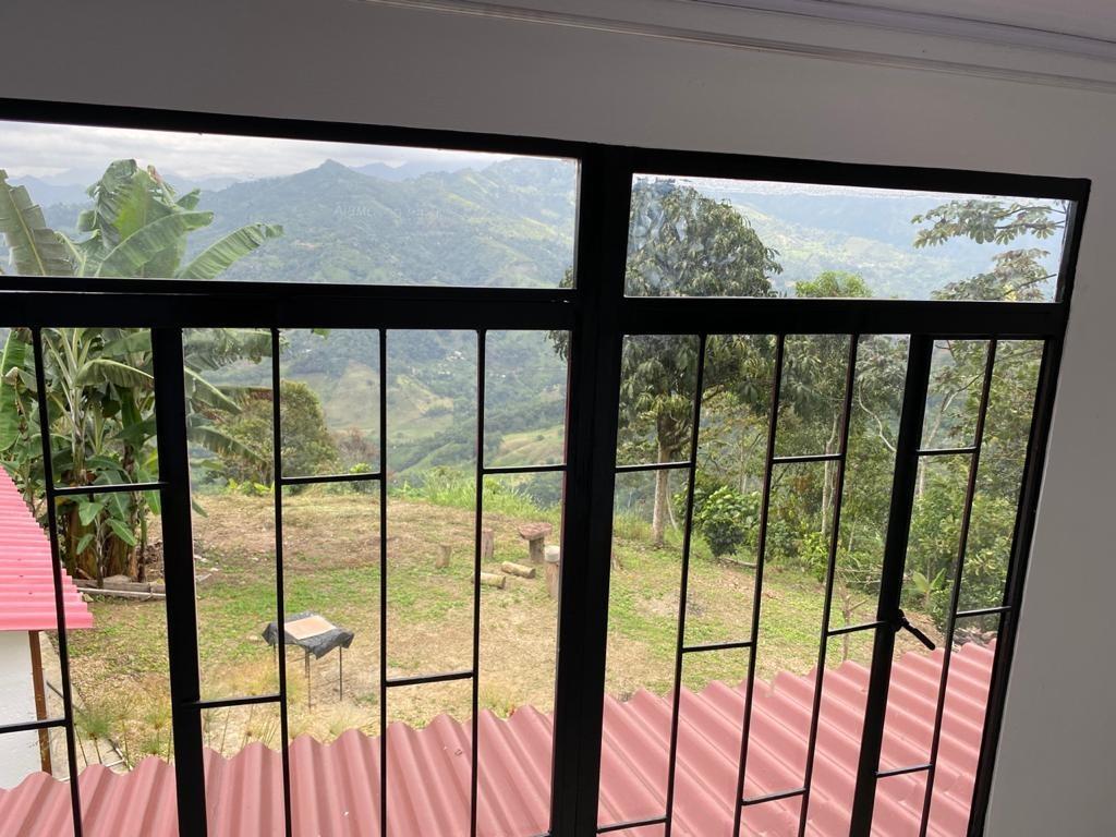 se vende o permuta hermosa quinta en vergara cundinamarca