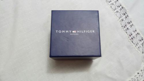 se vende o permuta reloj tommy hilfiger original