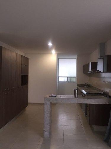 se vende o renta hermosa casa en el refugio