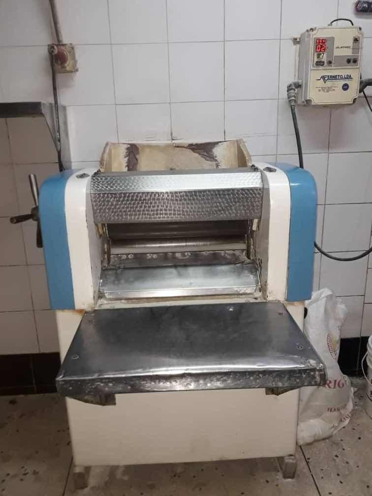 se vende panaderia operativa con mas de 25años de funcionabi