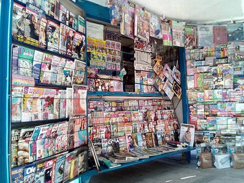 se vende - parada de diarios, revistas y afines.