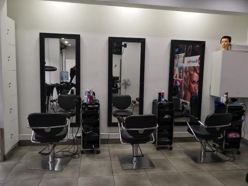 se vende peluquería funcionando en santiago $16.000.000