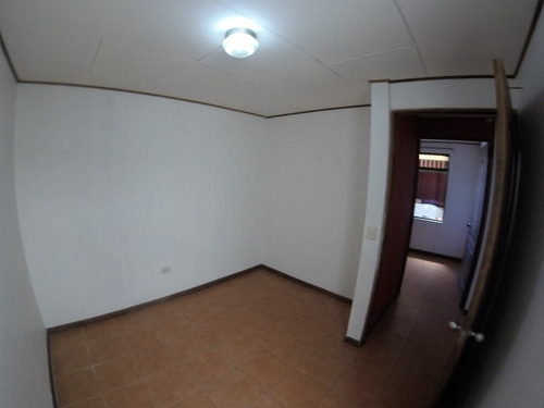 se vende propiedad con 4 apartamentos