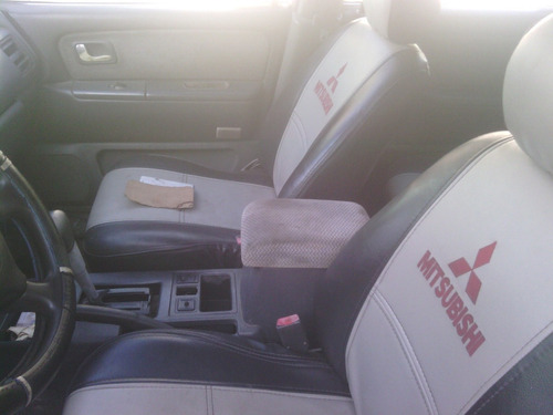 se vende repuestos usados para mitsubishi space wagon 1994