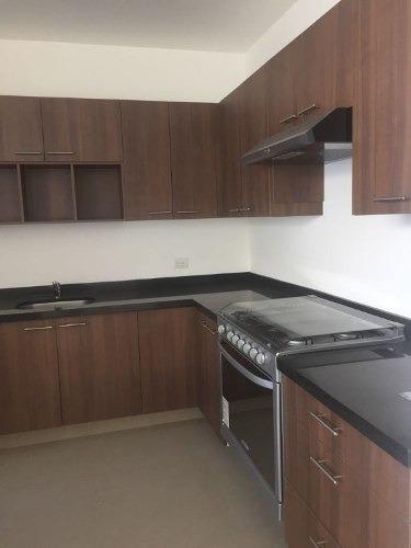 se vende residencia nueva en col. nueva galicia