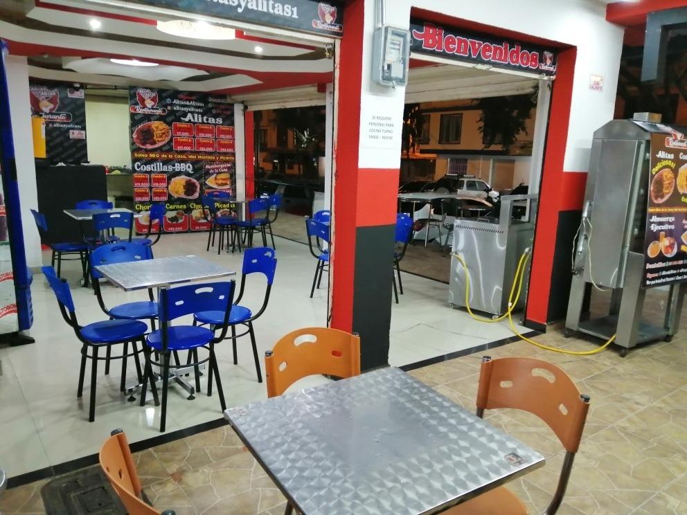 se vende restaurante y asadero de pollo acreditado