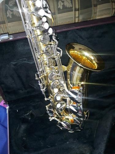 se vende saxofon alto yas 23 japones