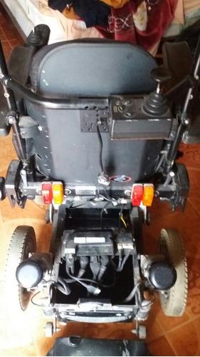 se vende silla de ruedas electrica mas informacio. watt 3228