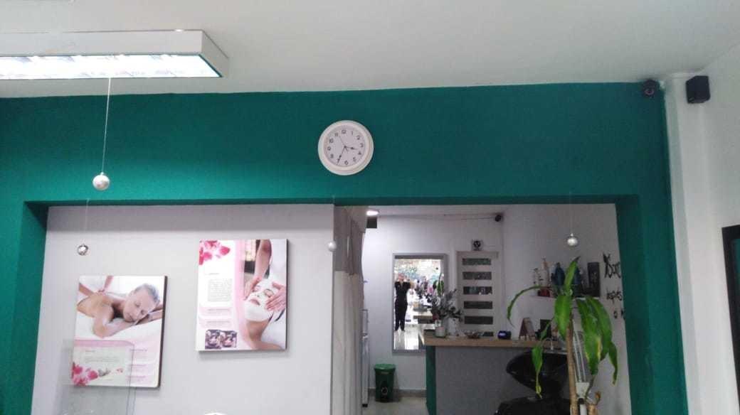 se vende spa y peluquería en san fernando