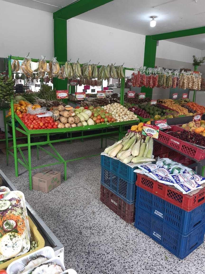 se vende supermercado con carnicería ubicado en bosa