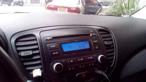 se vende taxi hyundai i10 2014 excelente estado negociable!