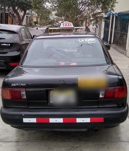 se vende taxi nissan sentra v16