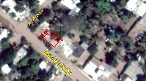 se vende terreno con construcciones en poblado la reforma