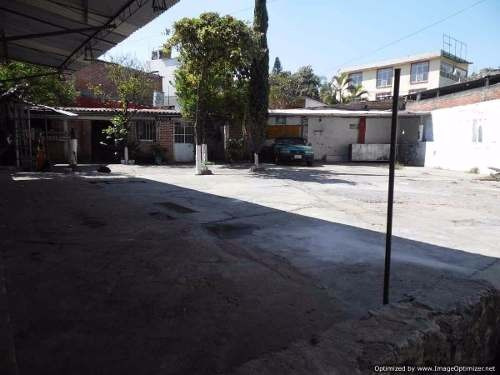 se vende terreno con uso comercial sobre calle principal col. acapantz