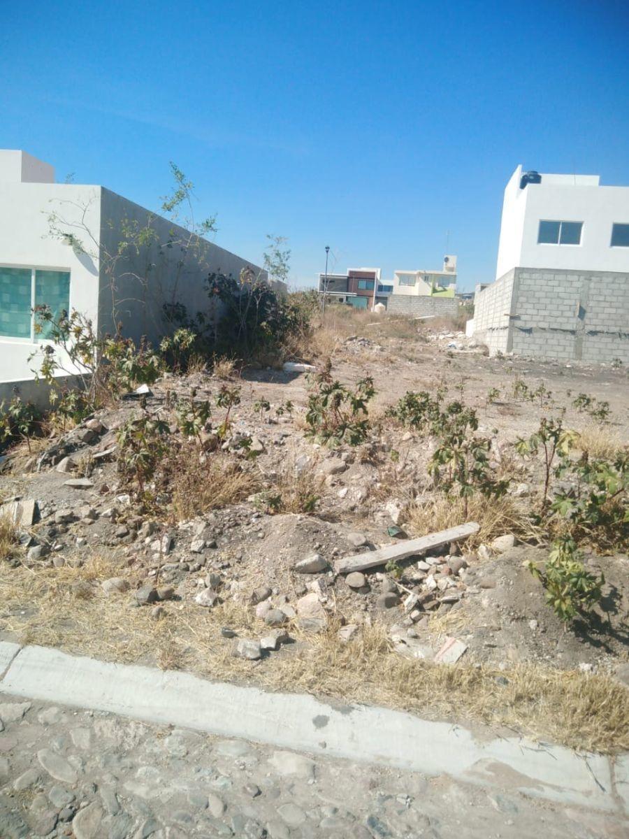 se vende terreno de 140 m2 en los agaves, de oportunidad !!