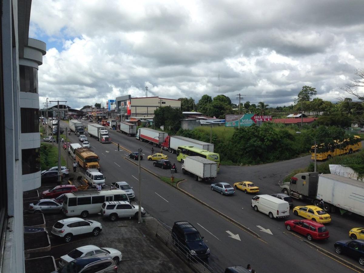 se vende terreno de 42,120 m2 en frontera pmá - costa rica