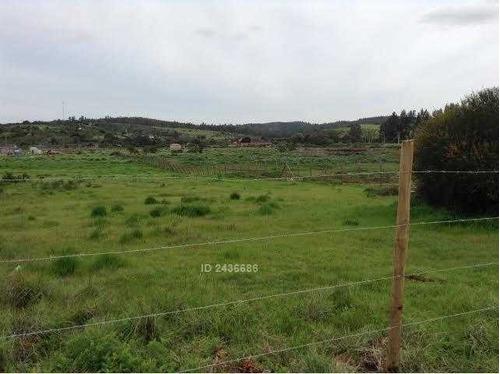 se vende terreno de 5000 mt2 en condominio valle del estero