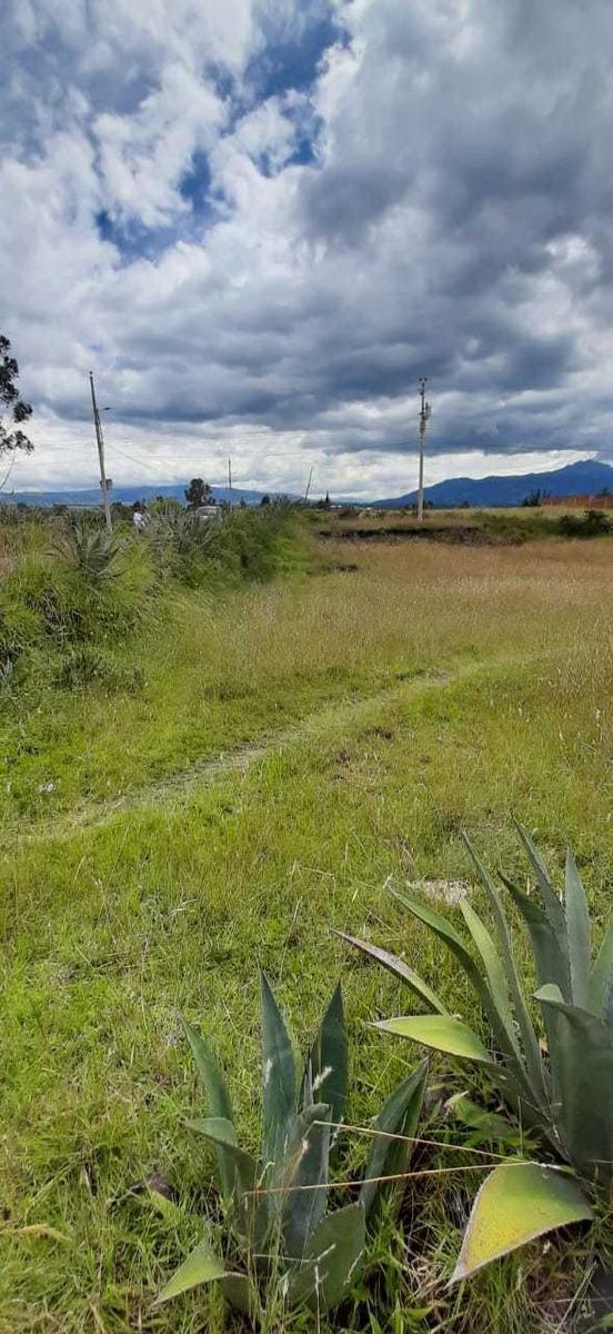 se vende terreno en alangasi barrio atapuma lotizable