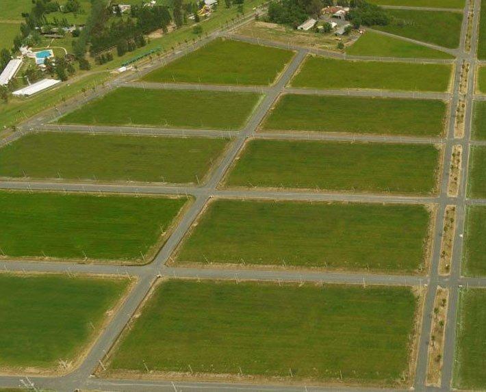 se vende terreno en campiñas de piñero 400m2