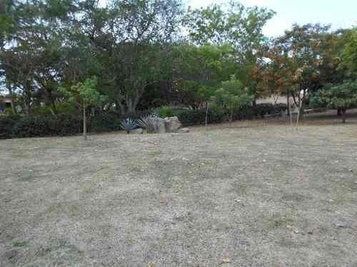 se vende terreno en coto parque royal colima
