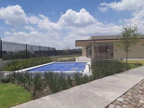 se vende terreno en la vista residencial de 266 m2, alberca, privada, seguridad