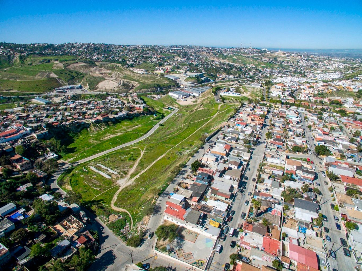se vende terreno en lomas altas, tijuana, baja california.
