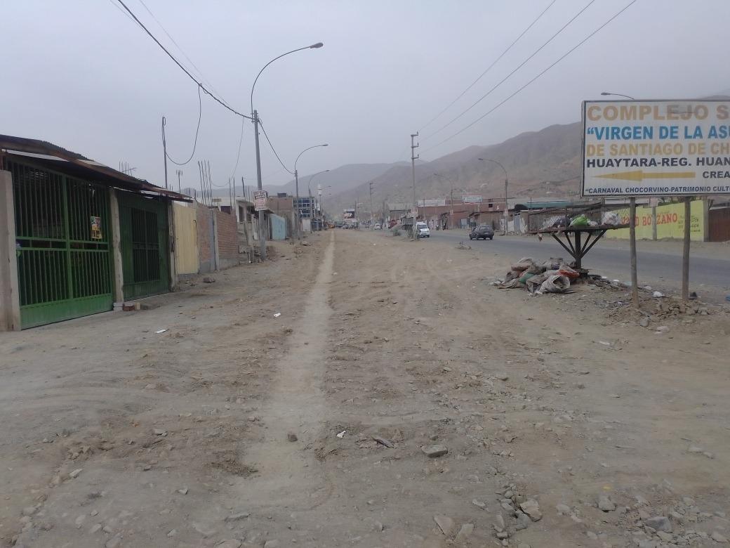 se vende  terreno esquina de 180mt2 valle-jicamarca