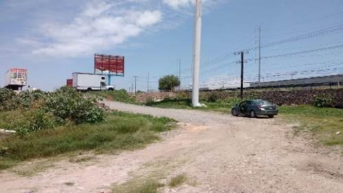 se vende terreno frente a parque industrial bernardo quintana