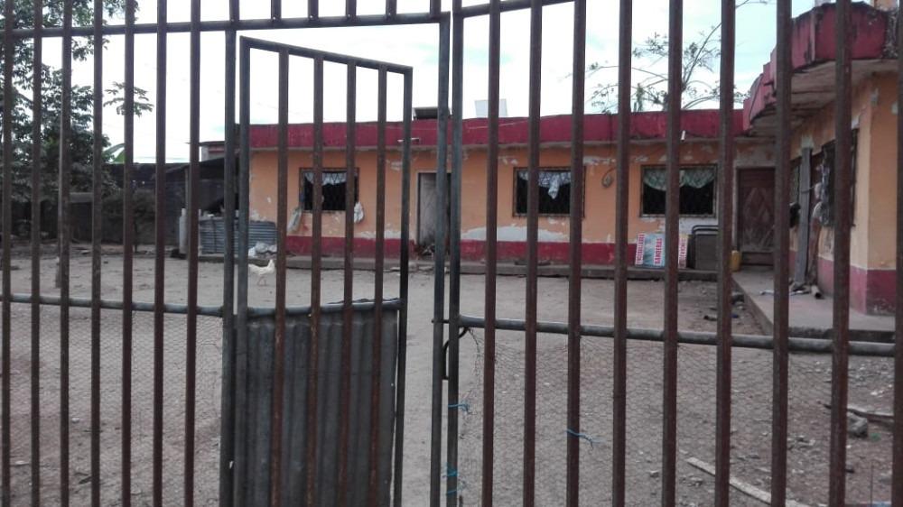 se vende una casa con 500 metros de lote. ubicada en el sect