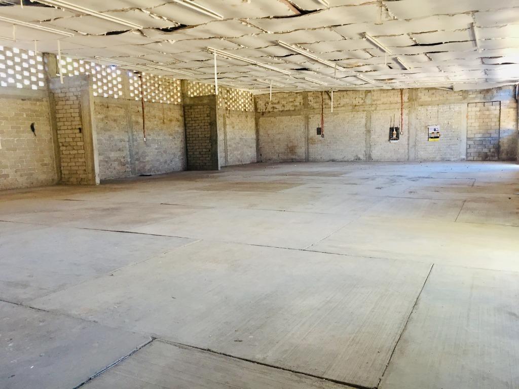 se vende una construcción para remodelar