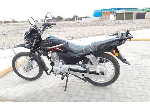 se vende una moto nueva marca wanxin motor 200 año 2020