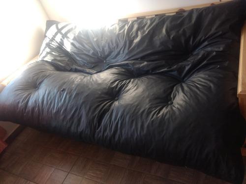 se vende urgente!!! vendo futón cama