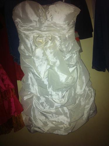 se vende vestidos y bragas nueva