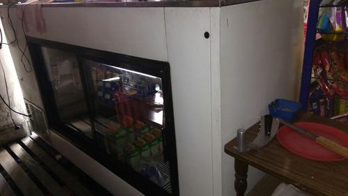 se vende vitrina de refrigeración, bascula y rebanadora