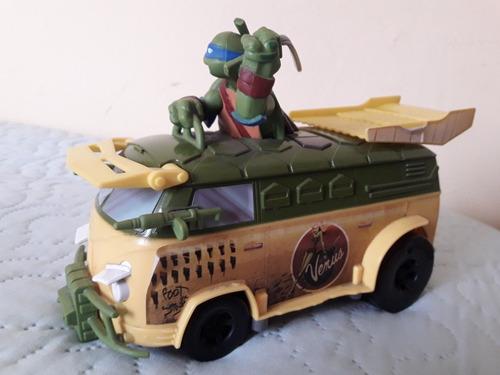 se vende vw van de las tortugas ninja, escala 1/24