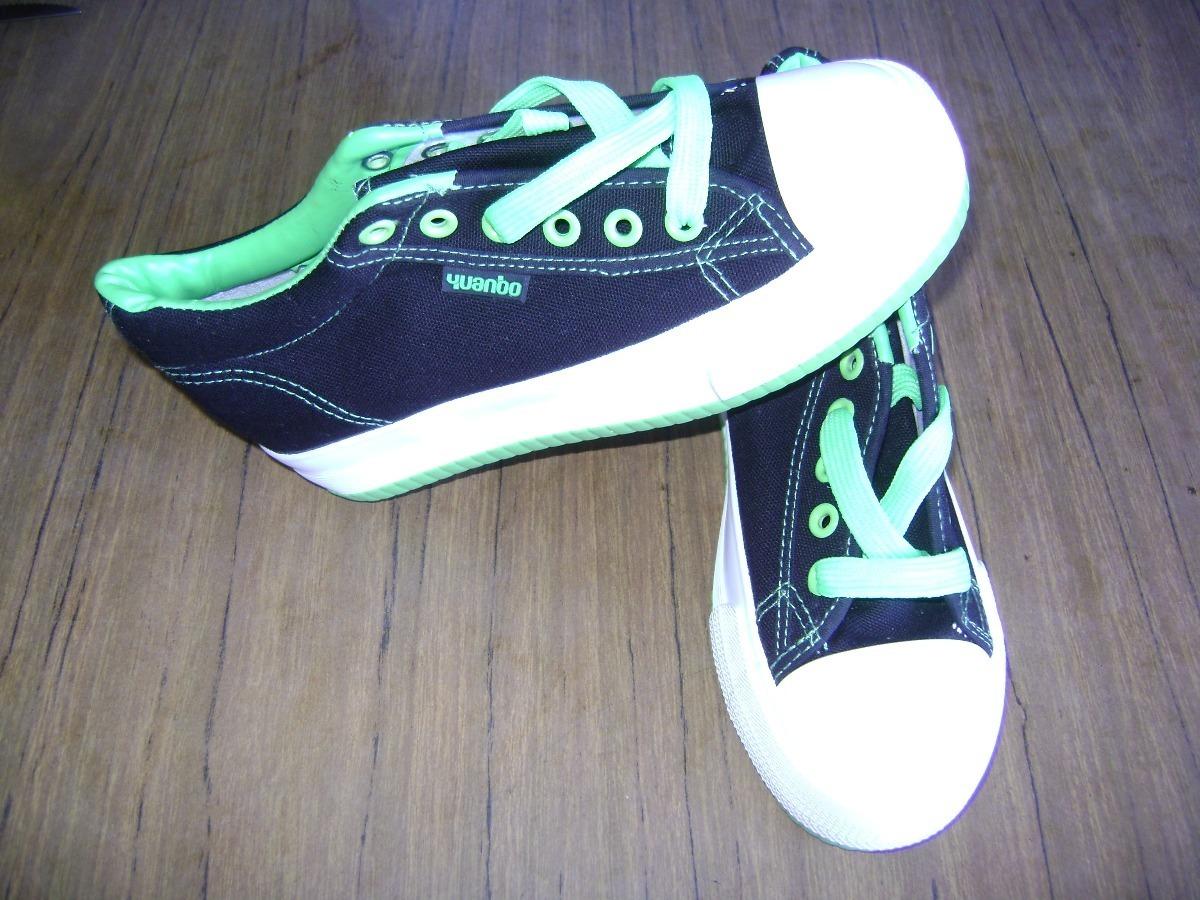 zapatos converse y vans