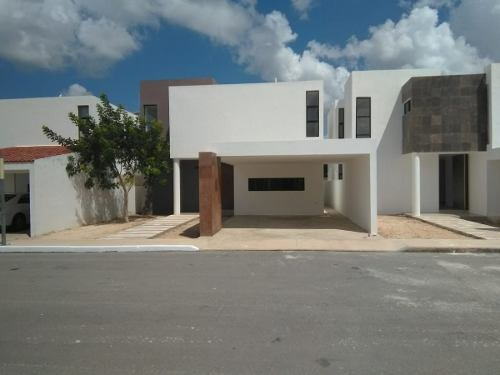 se venden casas en privada mediterrania residencial