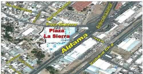 se venden locales centro comercial plaza la sierra