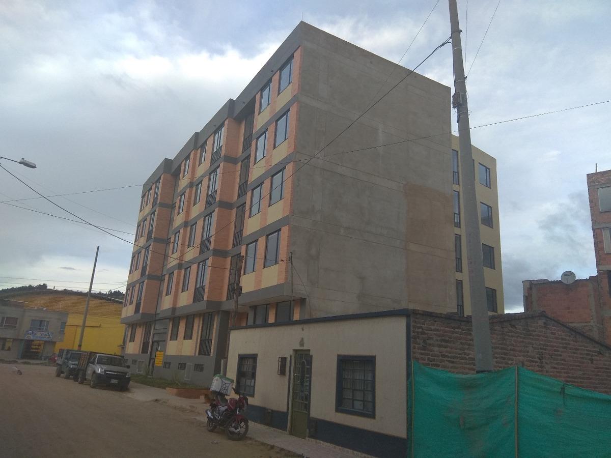 se venden lotes en duitama construcción edificio casa
