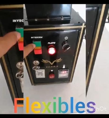 se venden maquinas  de inyección flexibles odontología