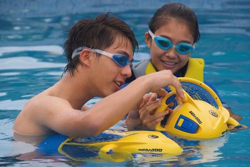 sea doo dolphin scooter propulsor mar/piscina niños adultos