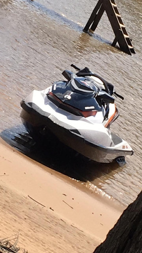 sea doo gti 130 con trailer funda