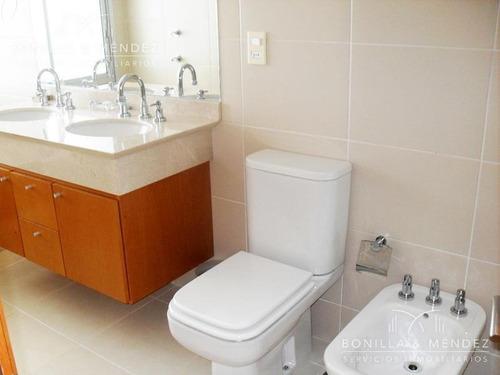 seasons tower, 2 suites, toilette, piso alto con muy buena vista a la mansa