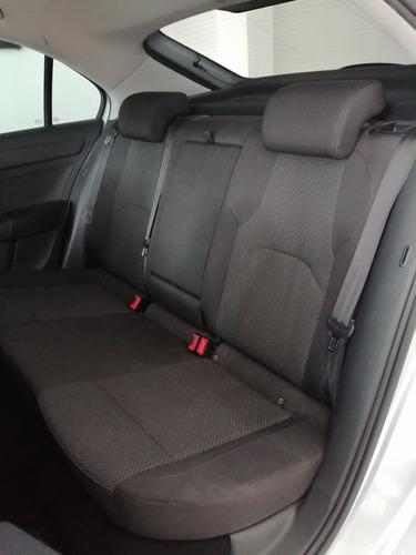 seat toledo style 1.2l 4 cil 110hp manual