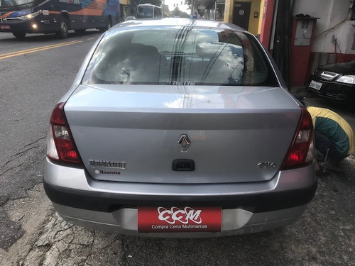sedan carro moto renault clio