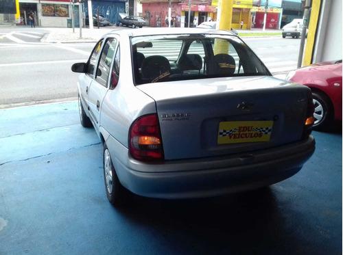 sedan classic corsa