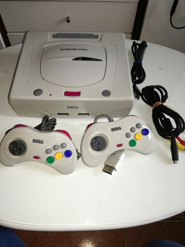 sega saturn ( original y en buen estado)