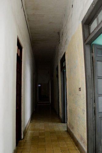 segundo piso de edificio luz en renta calle 62