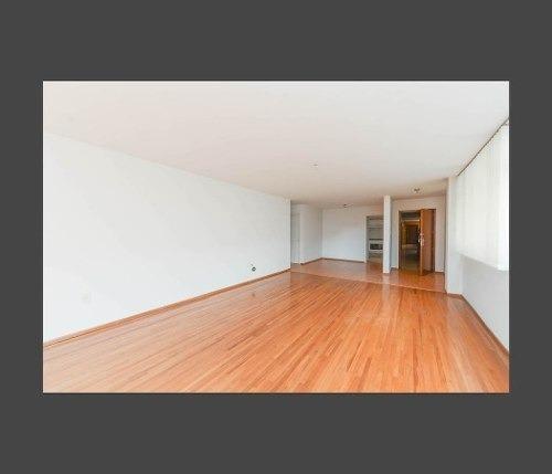 segundo piso interior, luminoso, 3 recamaras.